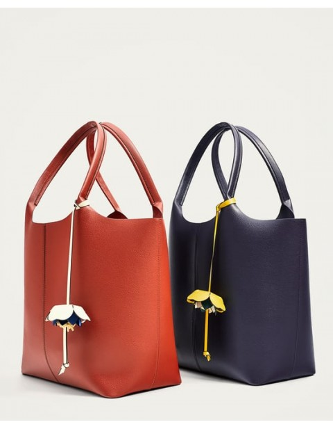 TOTE BAG WITH FLOWER PENDANT